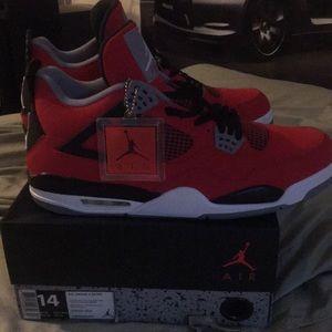 Jordan Shoes - Air Jordan Retro 4 Toro